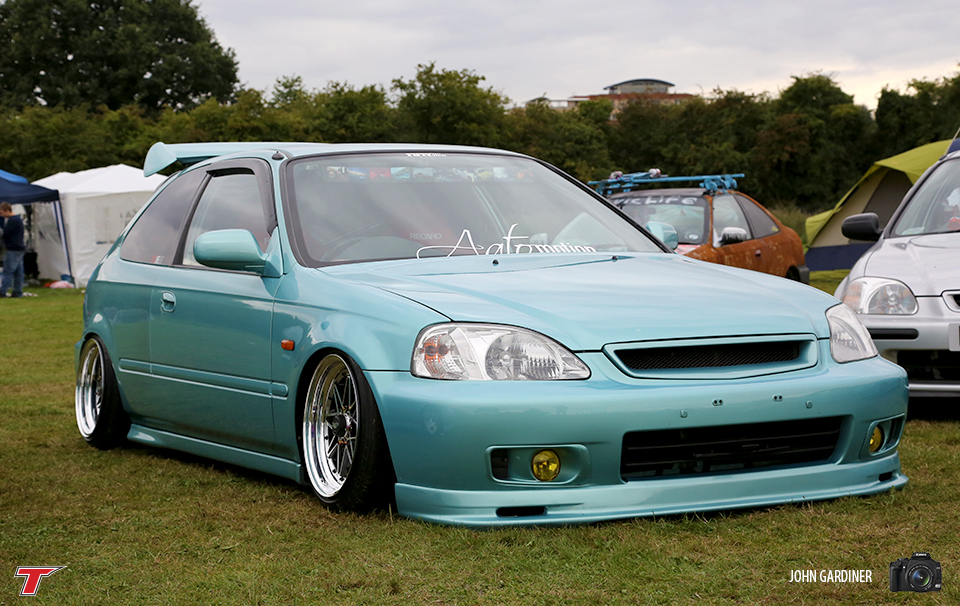 This Hydro's EK was seen i various locations around the JAE camp over the weekend. Awesome attention to detail, not to mention the cool tricks up it's arches.