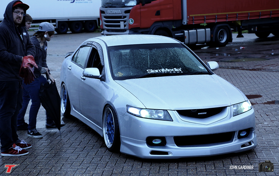 Another shot of this über clean accord.